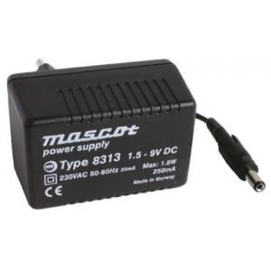 8313/1,5-9VDC 1,8W, vaatii snap-on liittimen