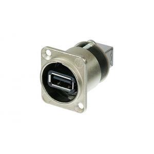 Neutrik NAUSB-W USB2 läpivientiliitin